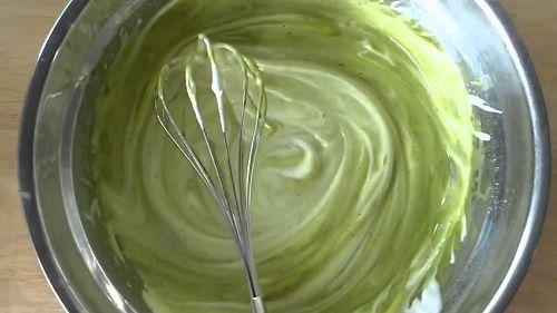Cách làm bánh mochi kem - trộn bột làm bánh