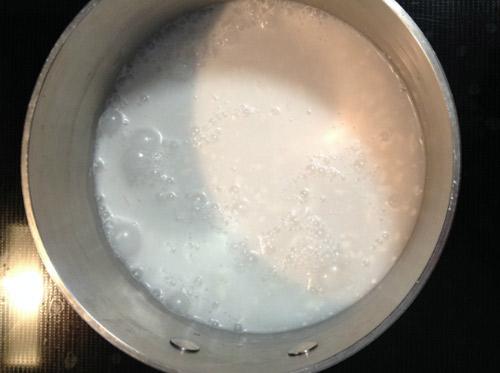 Cách làm kem dừa - nấu sữa dừa