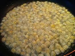 Cách làm ngô chiên bơ - chiên vàng ngô