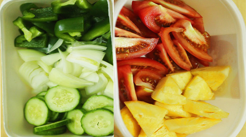 Cách làm sườn xào chua ngọt - cắt rau củ