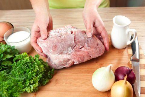 Những cách rã đông thịt nhanh